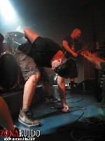 Death by Stereo + Never Draw Back + Against the Waves en Madrid (Julio de 2011)