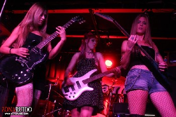 Las Cheerleaders Asesinas + Aulladores + Foxy Ladies en Madrid (Mayo de 2014)