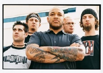 Howard Jones fuera de Killswitch Engage