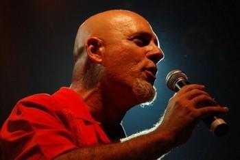Gira de Gustavo Cordera (Ex-Bersuit)