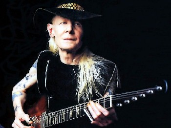 Ha fallecido Johnny Winter